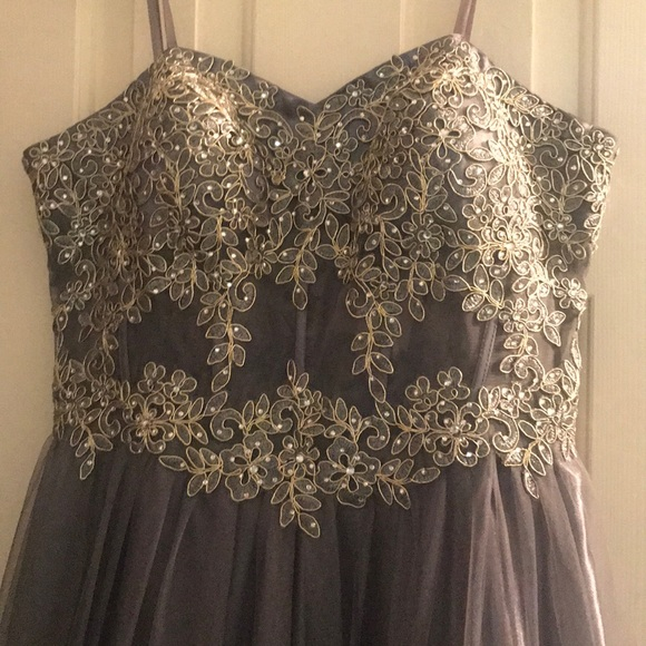 4078d9d2467 Gray Dillards Prom Dress. NWT. Blondie Nites